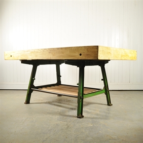 Upcycled Kitchen Island / Butchers Block