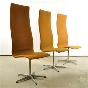 6 Dining Chairs by Arne Jacobsen