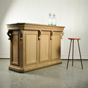 19th Century French Bar